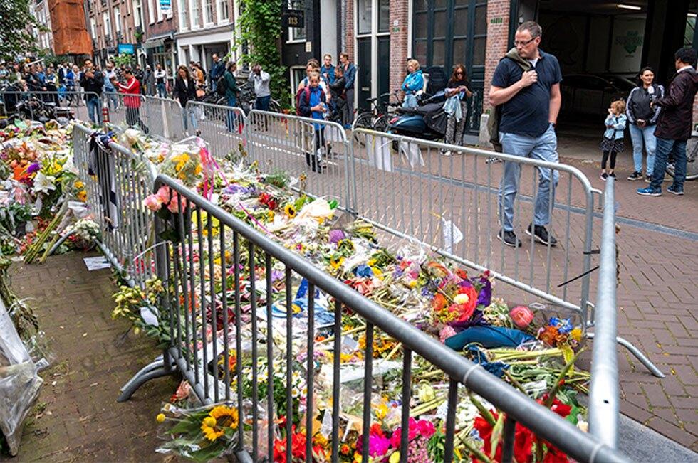 Murió periodista Peter de Vries