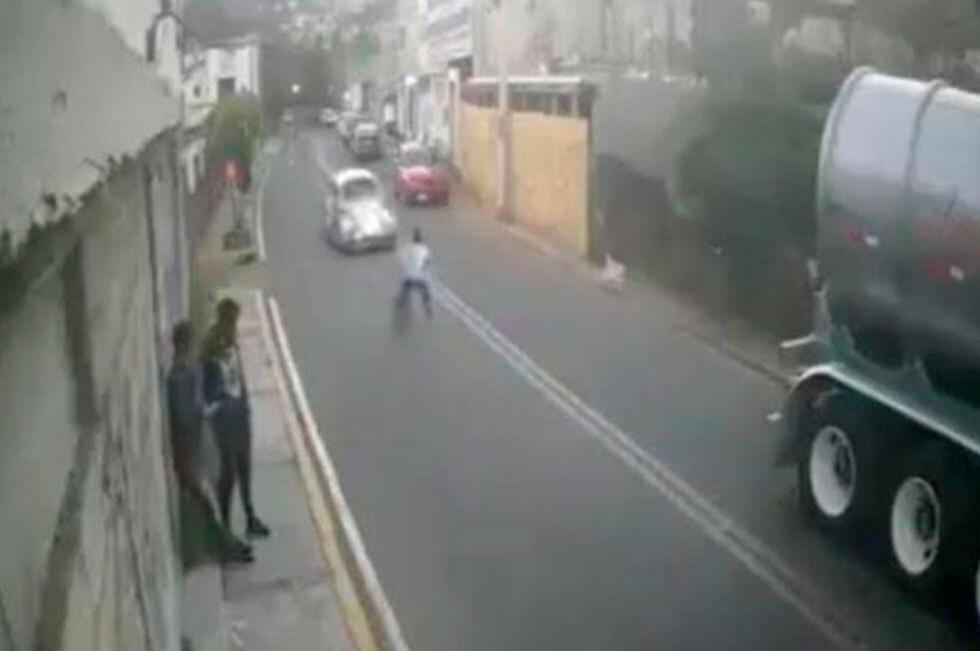 Nino ciclista atropellado en México
