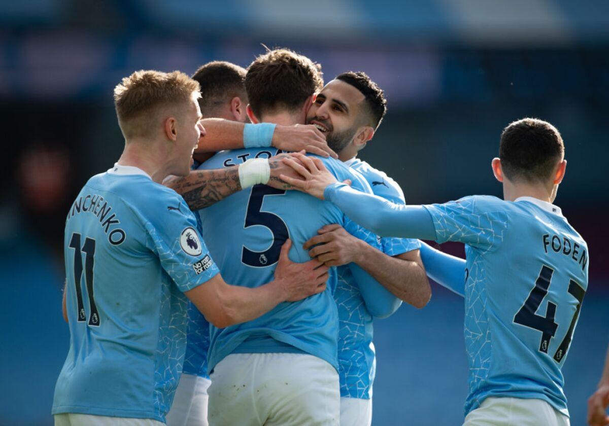El City no falla ante el West Ham (2-1) y vuela hacia al título
