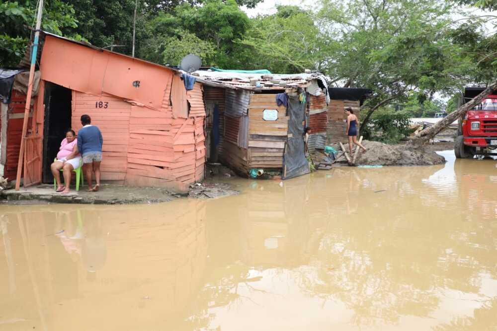 desbordamiento de rios.jpeg
