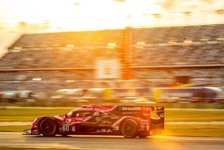 Juan Pablo Montoya en las 24 horas de Daytona. Cortesía: @MeyerShankRac