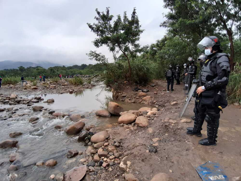 357926_Esmad en zona de frontera con Venezuela. Foto: BLU Radio