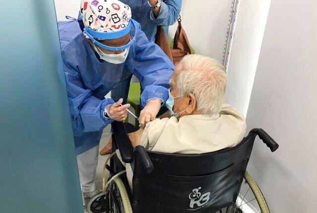 vacunacion-mayores-80-años-cartagena.jpg
