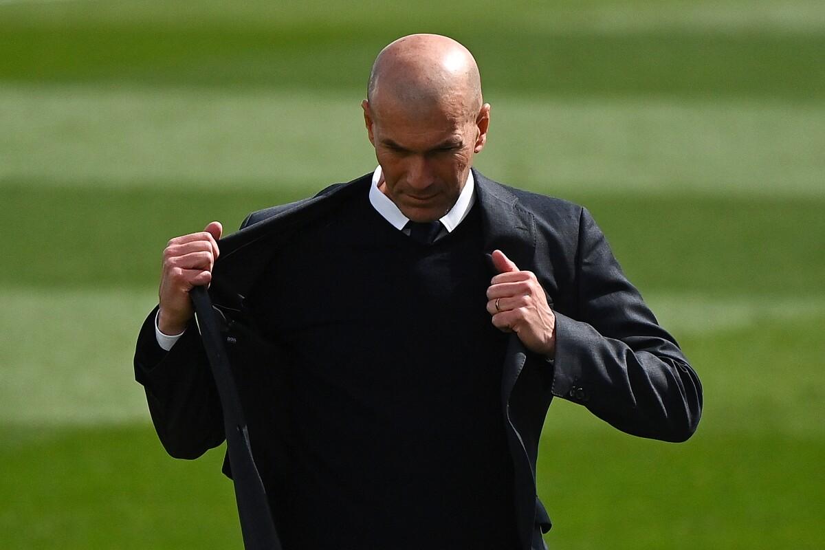 Zidane medita quitarse la chaqueta de DT del Real Madrid: acá las razones  de una posible decisión