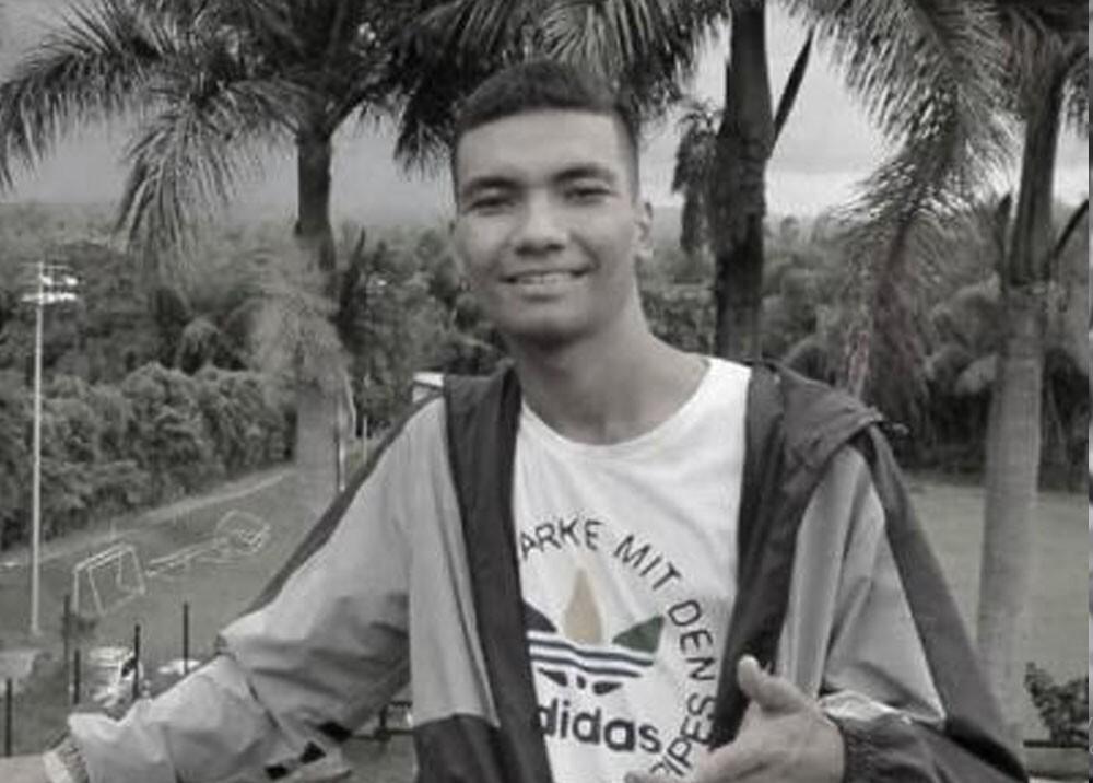 santiago ochoa joven decapitado en tulua valle.jpg