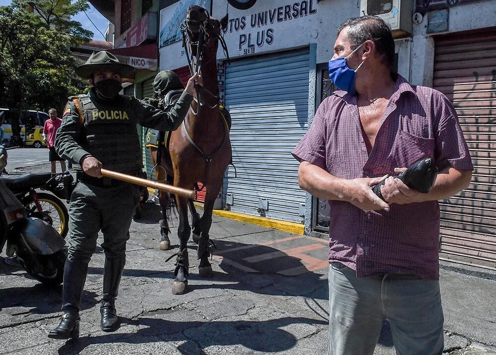 372061_Estado de cuidado total en Medellín // Foto: AFP, imagen de referencia