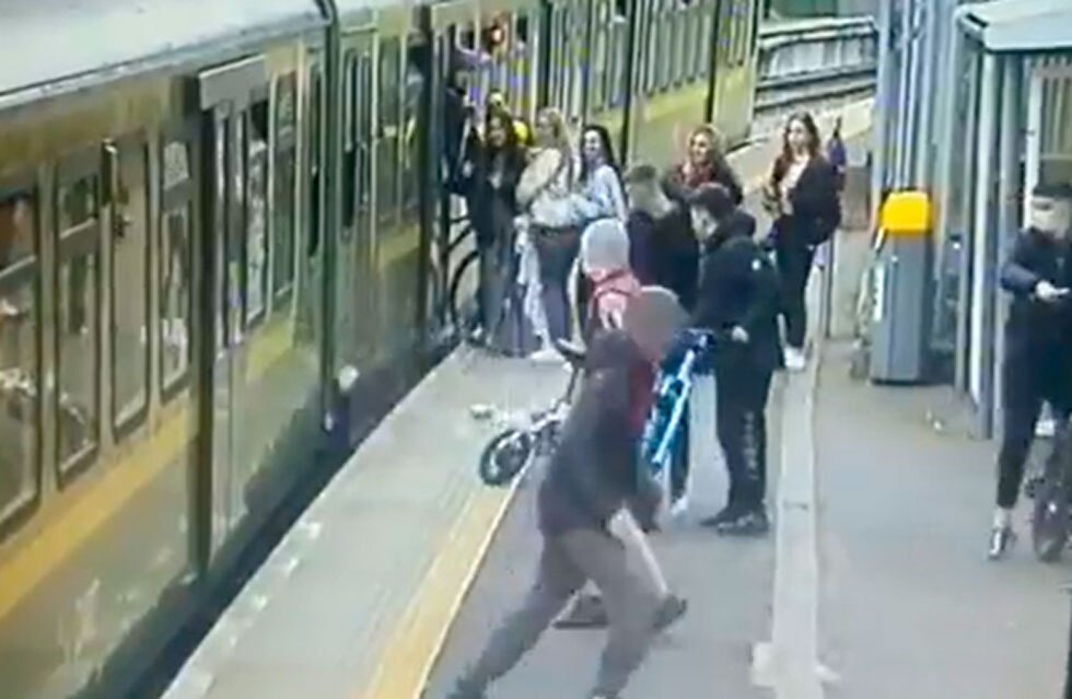 Indignante agresión en tren