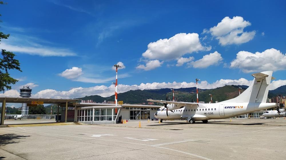 373132_Aeropuerto Olaya Herrera de Medellín / Foto: Twitter @AeropuertoEOH