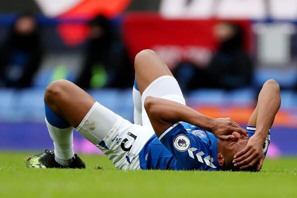 Yerry Mina, golpe Everton vs Newcatle