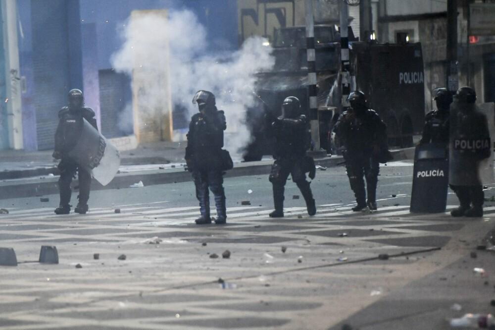 Gases lacrimógenos del Esmad en Medellín