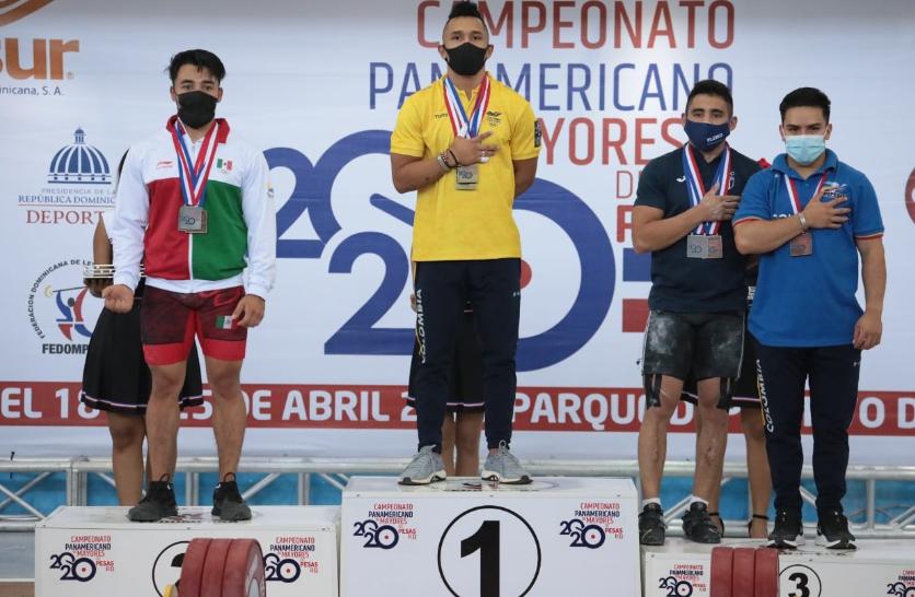 Luis Mosquera brilló en el Panamericano de pesas con tres oros.