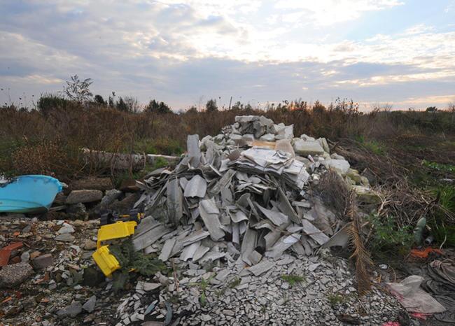 329000_BLU Radio/ Foto referencia del asbesto. Foto: AFP