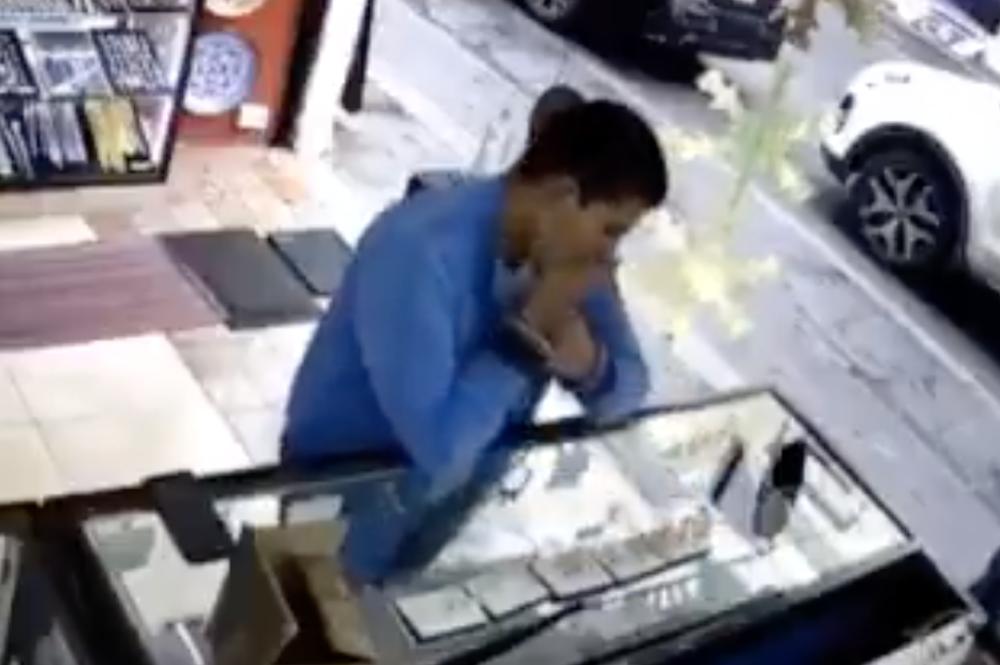 Ladrón de joyas en México