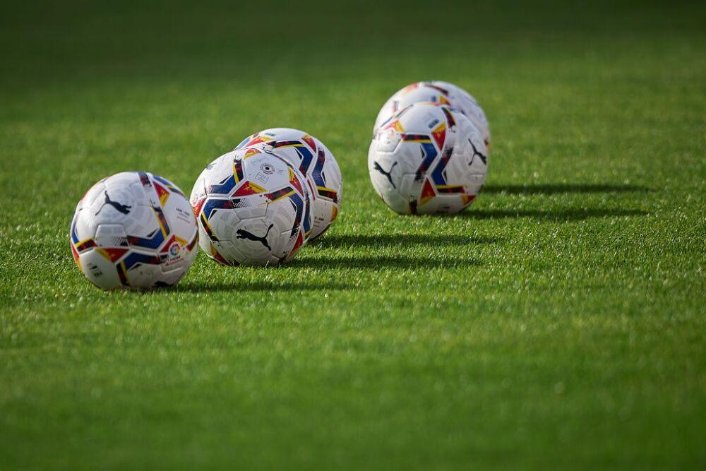 Granada CF v Deportivo Alavés - La Liga Santander