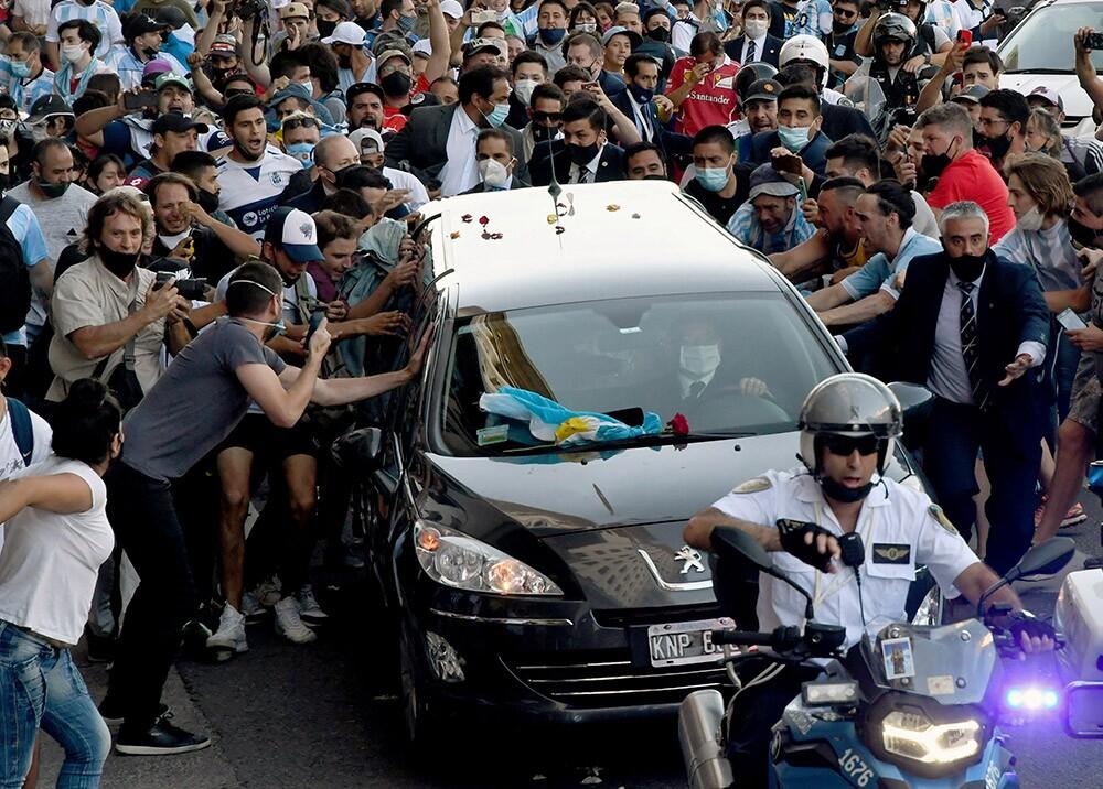 Traslado de los restos de Maradona