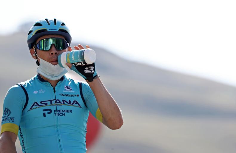 Miguel Ángel López, ciclista colombiano.