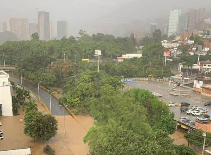 Inundaciones por lluvias Medellín.jpeg