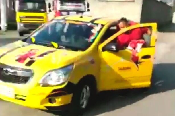 200217_taxi-carnavalero-2.jpg
