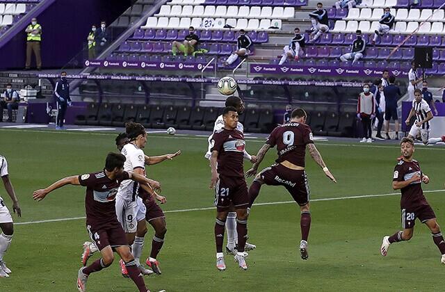 339200_Acción de juego de Celta de Vigo vs. Real Valladolid