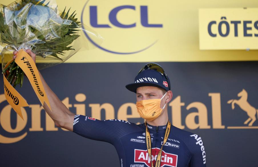 Mathieu Van der Poel podio