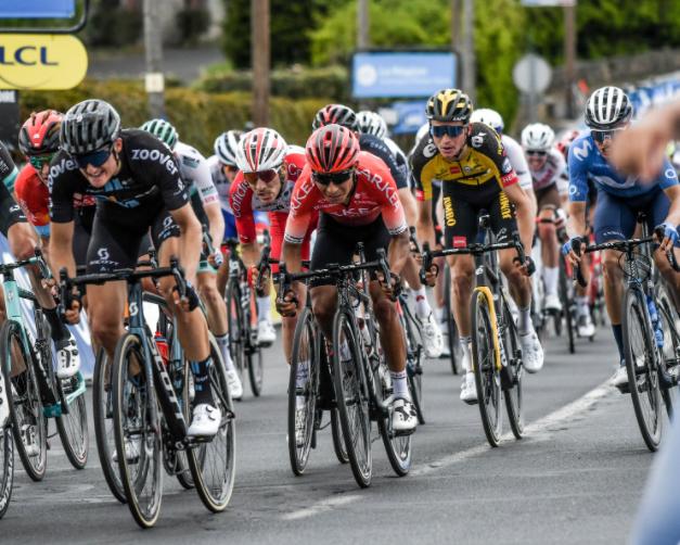 Nairo Quintana fue puesto 16 en la etapa 2 del Critérium del Dauphiné.