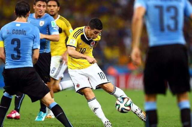 James Rodríguez, en Colombia contra Uruguay