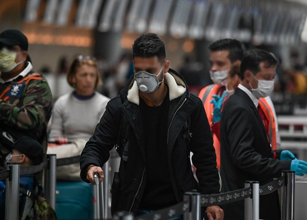 Pasajeros en el aeropuerto El Dorado : Foto AFP, imagen de referencia.jpeg