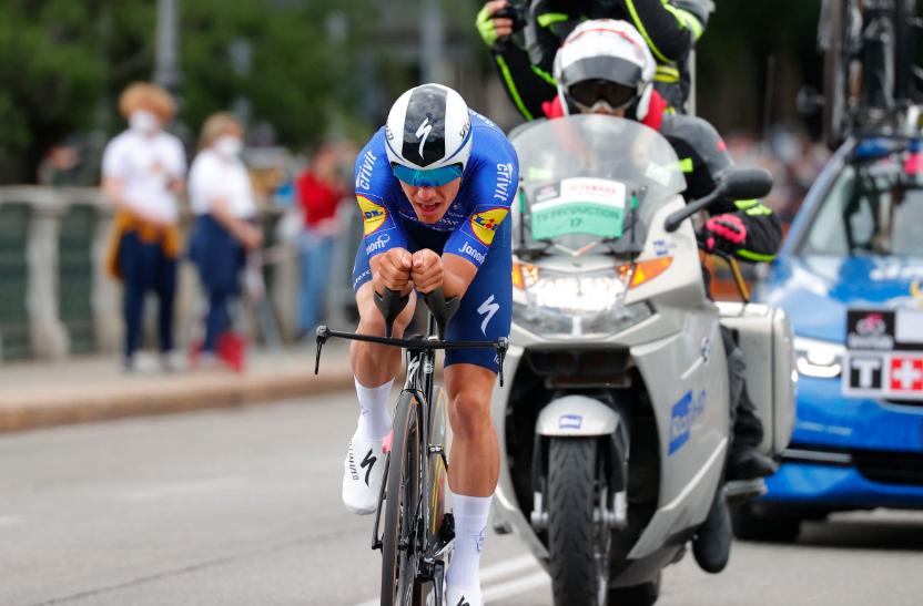 Joao Almeida fue cuarto en la etapa 1 del Giro de Italia.