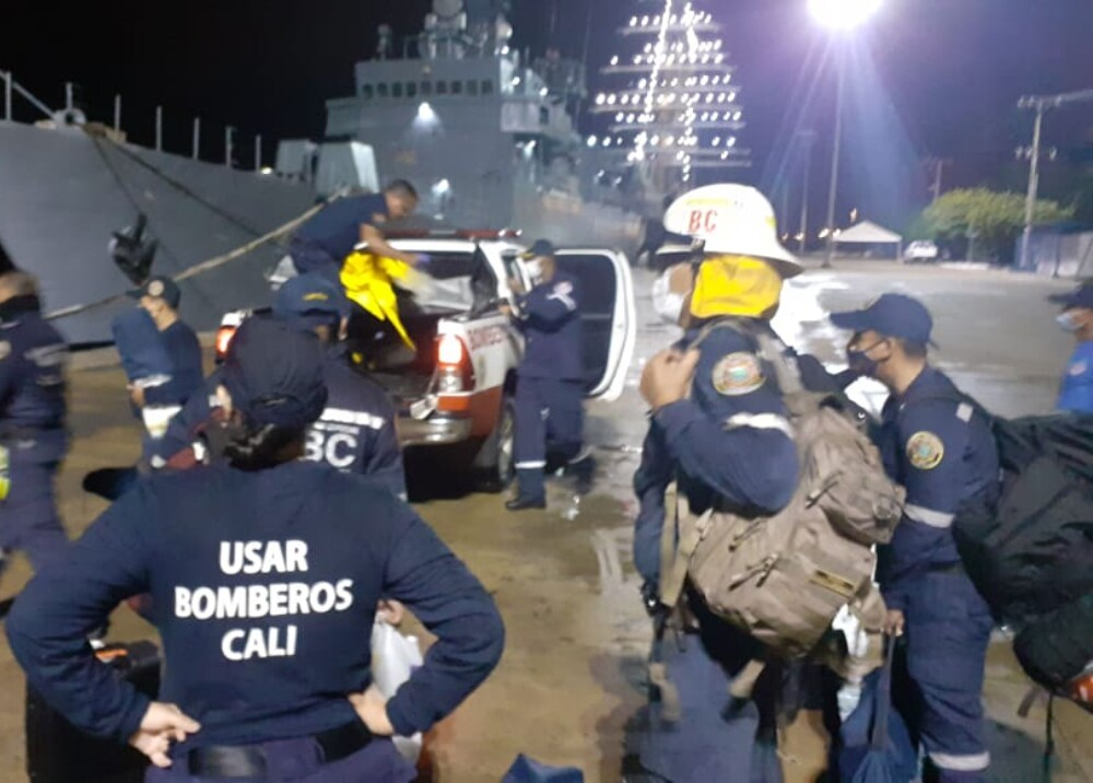 Bomberos de Cali viajaron a Providencia.jpg