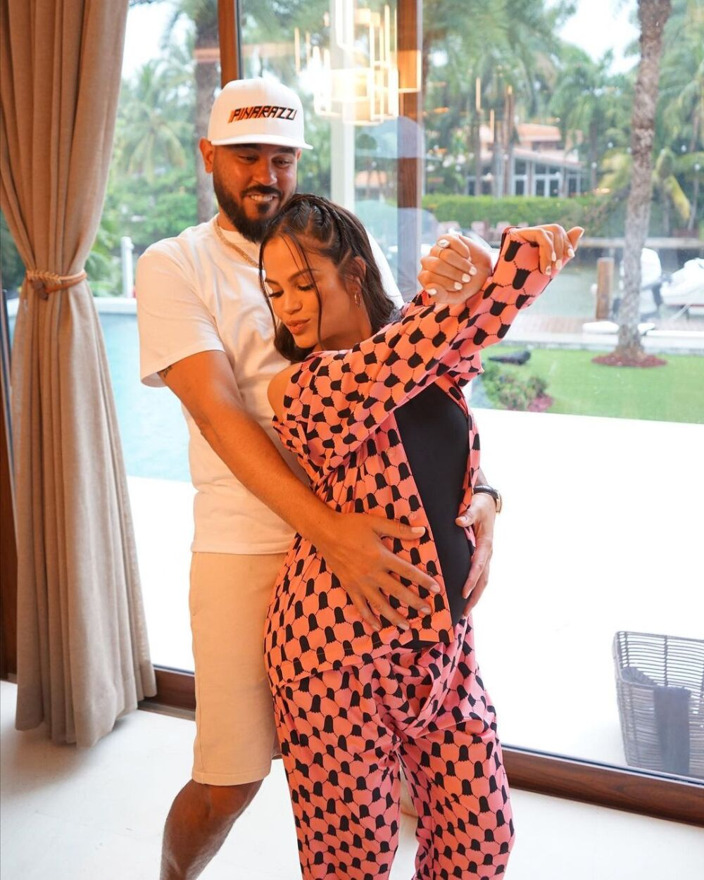 Natti Natasha y Raphy Pina ya son padres.