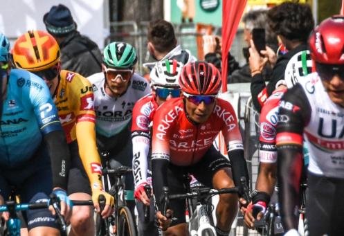 Nairo Quintana es puesto 11 en la general del Tour de los Alpes tras la etapa 2.