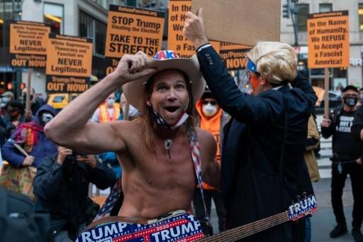 Protestas en Nueva York contra intentos de Trump de frenar escrutinio