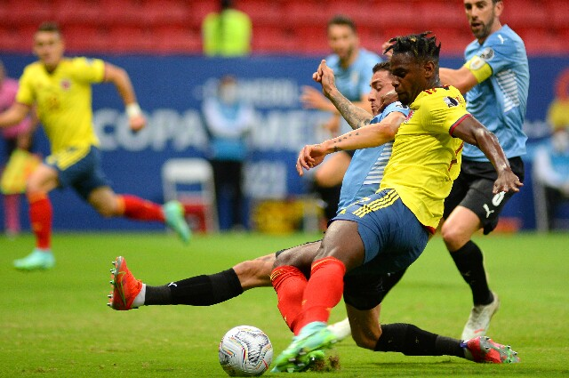 Colombia contra Uruguay