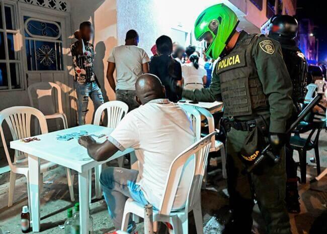 375391_controles_policiales_en_la_pandemia_foto_afp_imagen_de_referencia.jpeg
