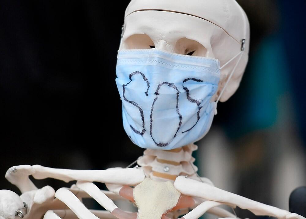 369557_Médicos dicen estar 'ahorcados' por inmobiliarias en la pandemia // Foto: AFP, imagen de referencia