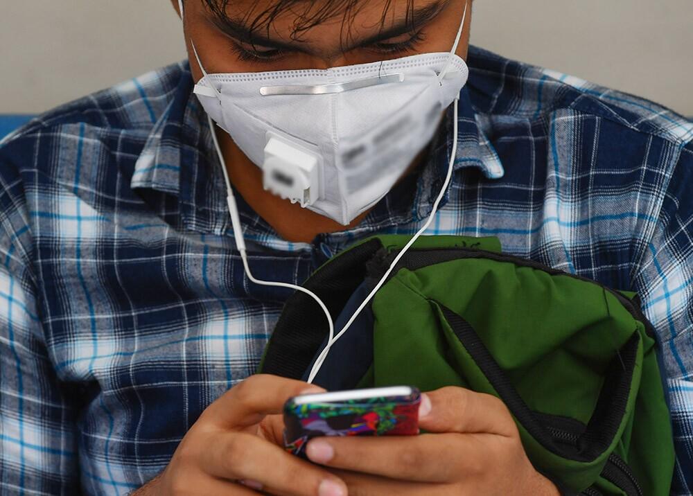 357647_Infodemia sobre coronavirus / Foto: AFP