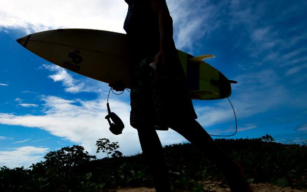 Surfista descubrió que es padre de 48 hijos. Imagen de referencia.