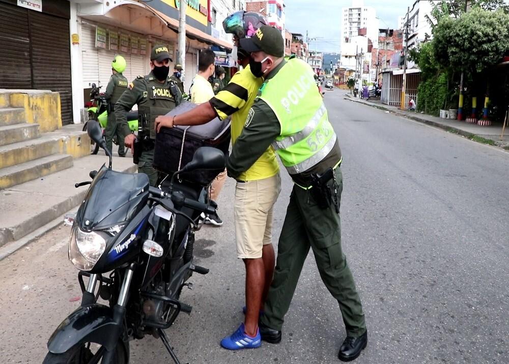 FOTO OPERATIVO POLICIA.jpg