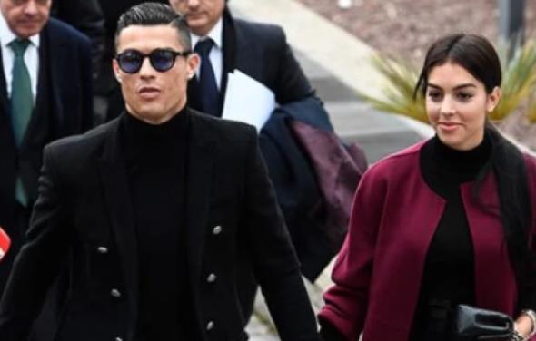 Georgina-Rodriguez-Cristiano-Ronaldo.PNG