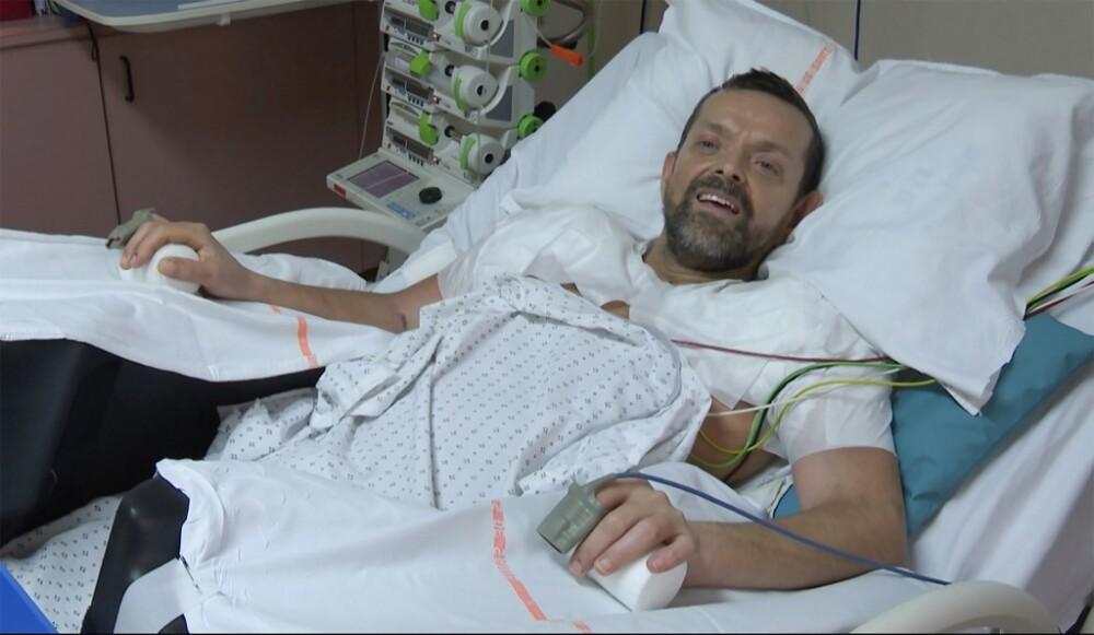 paciente recibió doble trasplante de brazos en Francia