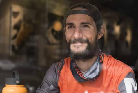 Juan Dual, el maratonista que no tiene colon, estomago, ni recto