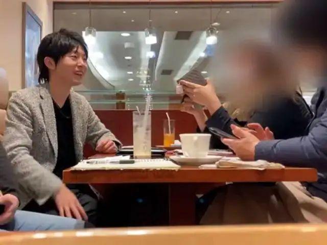 Hombre japonés arrestado por el delito de estafa.