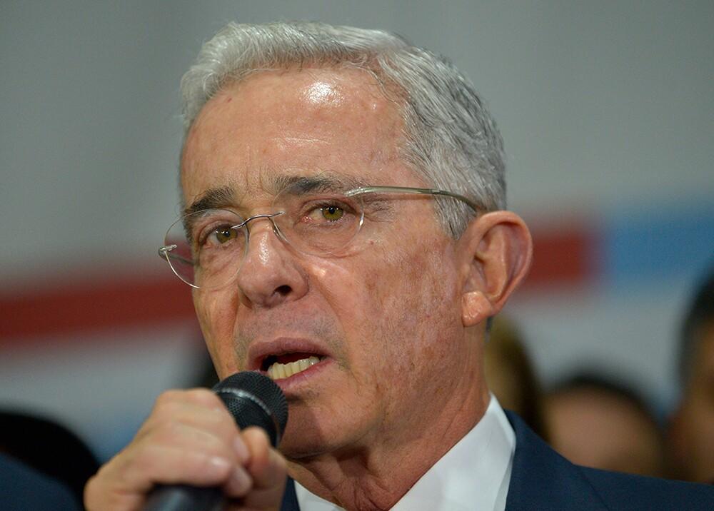 345442_BLU Radio. Álvaro Uribe Vélez // Foto: AFP