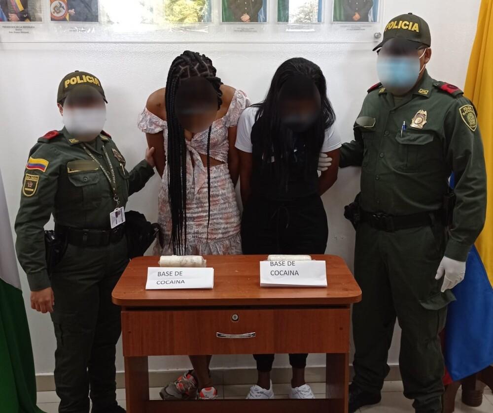 mujeres capturadas con cocaina en sus partes intimas.jpeg
