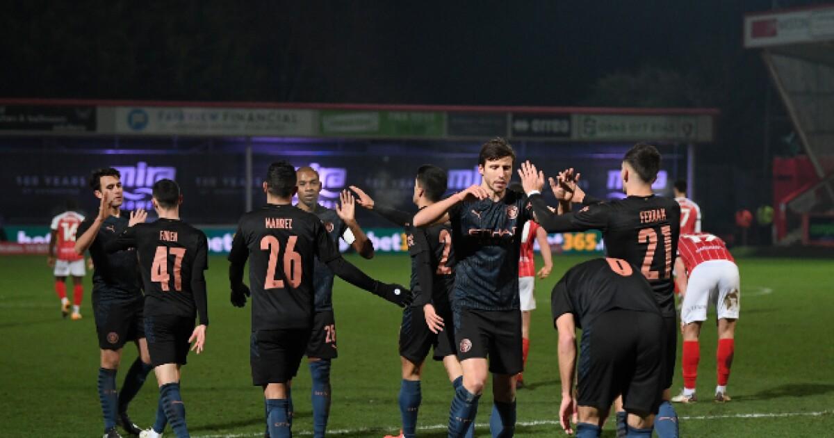 Manchester City sufrió y tuvo que remontar: 3-1 sobre el Cheltenham, por la FA Cup