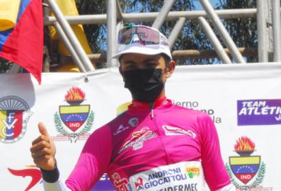 Santiago Umba, ciclista colombiano del Androni Giocattoli.