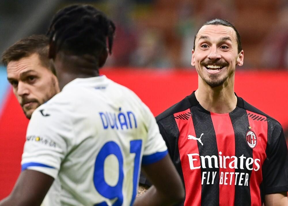 Duván Zapata y Zlatan Ibrahimovic AFP.jpg