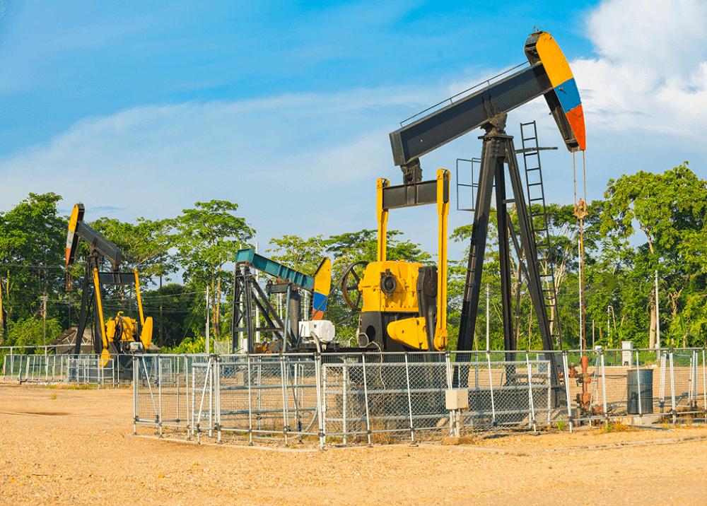 370269_BLU Radio: Pozo Petrolero Barrancabermeja / Foto: Suministrada