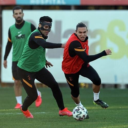 Falcao Garcia Galatasaray 260421 galatasaray.org E.jpeg