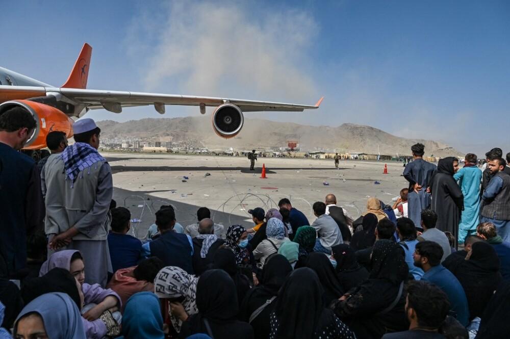 Angustia y desesperación en el aeropuerto de Kabul